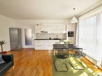obývací pokoj (Prodej bytu 3+kk v osobním vlastnictví 82 m², Písek)