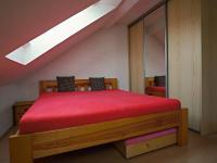 Ložnice - Prodej domu v osobním vlastnictví 235 m², Dobrá Voda u Českých Budějovic