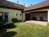Kryté stání - Prodej domu v osobním vlastnictví 235 m², Dobrá Voda u Českých Budějovic