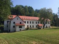 Pronájem výrobních prostor 600 m², Benešov nad Černou
