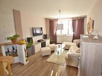 obývák (Prodej bytu 3+1 v osobním vlastnictví 66 m², České Budějovice)