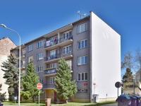 západní strana domu (Prodej bytu 3+1 v osobním vlastnictví 66 m², České Budějovice)
