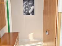 chodba (Prodej bytu 3+1 v osobním vlastnictví 66 m², České Budějovice)