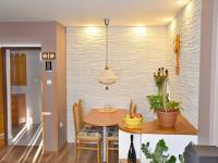 jídelní kout (Prodej bytu 3+1 v osobním vlastnictví 66 m², České Budějovice)