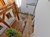 nádvoří z pavlače - Prodej domu v osobním vlastnictví 450 m², Třeboň