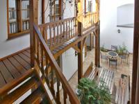 pavlač - Prodej domu v osobním vlastnictví 450 m², Třeboň