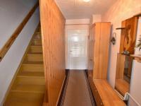 chodba (Prodej domu v osobním vlastnictví 140 m², Nové Hrady)