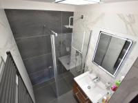 Přízemí - koupelna (Prodej domu v osobním vlastnictví 157 m², Horní Stropnice)