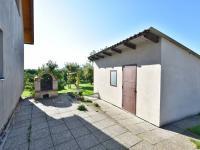 Zahradní domek + krb (Prodej domu v osobním vlastnictví 157 m², Horní Stropnice)