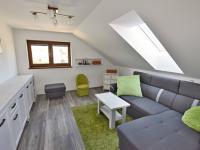 Podkroví - pokoj 1 (Prodej domu v osobním vlastnictví 157 m², Horní Stropnice)