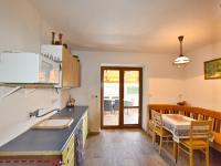 Kuchyň + vstup na terasu (Prodej domu v osobním vlastnictví 157 m², Horní Stropnice)