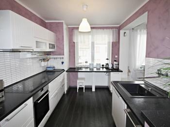 kuchyně - Prodej domu v osobním vlastnictví 240 m², Hluboká nad Vltavou