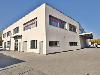 východní strana objektu - Pronájem kancelářských prostor 87 m², České Budějovice