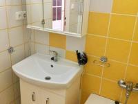 koupelna - Prodej bytu 3+1 v osobním vlastnictví 77 m², Kaplice