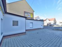Parkování - Pronájem obchodních prostor 158 m², České Budějovice