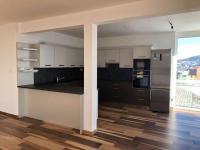 kuchyň (Pronájem domu v osobním vlastnictví 143 m², Kaplice)