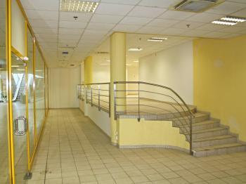 vstupní část - Pronájem obchodních prostor 185 m², České Budějovice
