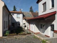 dvorek - Prodej nájemního domu 706 m², Lanškroun