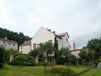 Pohled na dům ze zahrady (Prodej penzionu 316 m², Žacléř)