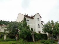 Pohled na dům ze zahrady - Prodej domu v osobním vlastnictví 316 m², Žacléř