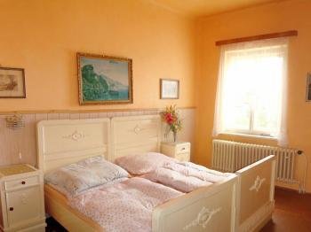 Ložnice - Prodej domu v osobním vlastnictví 316 m², Žacléř