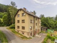 pohled na dům - Prodej bytu 3+kk v osobním vlastnictví 58 m², Hnátnice