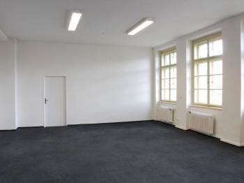 Kancelář - Pronájem kancelářských prostor 25 m², Pardubice