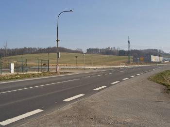 vjezd ze silnice I/43 - Prodej pozemku 14164 m², Rudoltice