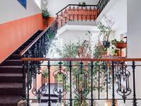 schodiště do pensionu (Prodej hotelu 1200 m², Ústí nad Orlicí)