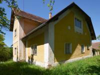 Pohled východní (Prodej domu v osobním vlastnictví 237 m², Všemyslice)