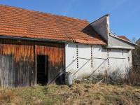 stodola - Prodej domu v osobním vlastnictví 228 m², Komařice