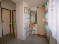 předšíň - byt v patře - Prodej domu v osobním vlastnictví 228 m², Komařice