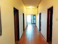 Chodba v 2. NP - Prodej obchodních prostor 816 m², Nový Bydžov