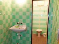 zázemí - WC v 2. NP - Prodej obchodních prostor 816 m², Nový Bydžov