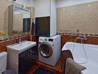 KOUPELNA - Prodej bytu 4+1 98 m², Malonty