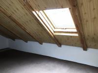 podkrovní místnost - Prodej bytu 3+1 v osobním vlastnictví 94 m², Dolní Dvořiště