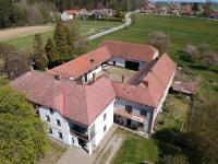 Prodej restaurace 1350 m², Velešín