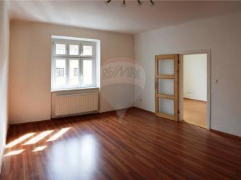 obývací pokoj - Pronájem bytu 2+1 v osobním vlastnictví 54 m², České Budějovice
