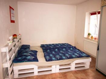 ložnice - Pronájem bytu 2+1 v osobním vlastnictví 44 m², Srubec