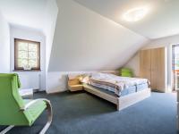 1. NP pokoj č.1 - Prodej domu v osobním vlastnictví 220 m², Rokytnice nad Jizerou