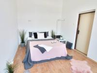 Prodej bytu 1+1 Lanškroun obývací část se spaním - Prodej bytu 1+1 v osobním vlastnictví 35 m², Lanškroun