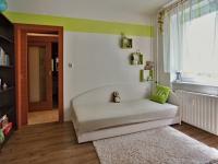 Pokoj průchozí - Prodej bytu 3+1 v osobním vlastnictví 70 m², Borovany