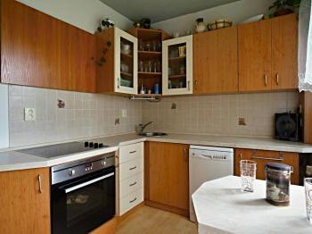 Kuchyně - Prodej bytu 3+1 v osobním vlastnictví 70 m², Borovany