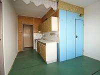 kuchyně s jídelnou - Prodej bytu 3+1 v osobním vlastnictví 66 m², České Budějovice