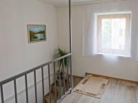 CHODBA VE 2. NP - Prodej domu v osobním vlastnictví 175 m², České Budějovice