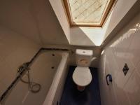 Koupelna v podkroví - Prodej domu v osobním vlastnictví 140 m², Žinkovy