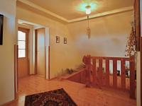 Chodba podkroví - Prodej domu v osobním vlastnictví 140 m², Žinkovy
