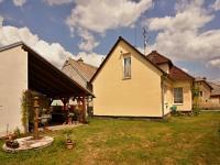 Za domem - Prodej domu v osobním vlastnictví 140 m², Žinkovy