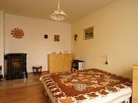 Pokoj za kuchyní - Prodej domu v osobním vlastnictví 140 m², Žinkovy