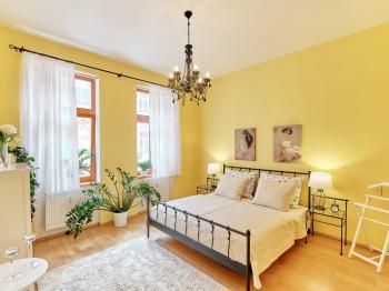 ložnice - Prodej bytu 4+kk v osobním vlastnictví 107 m², České Budějovice
